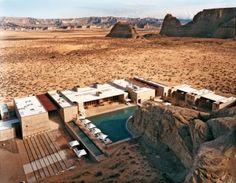 Amangri Hôtel insolite dans le désert américain ! http://www.monhebergementinsolite.com/lemag/amangiri-sejournez-hotel-en-plein-coeur-du-desert-americain/