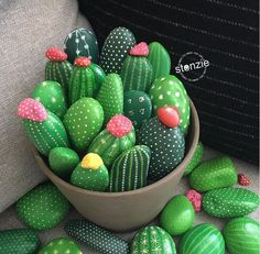 150 Likes, 28 Comments - Stonzie . Obsessed with cacti and succulents? Get inspired by more than 50 succulent and cactus rock painting ideas. 14 Most Adorable Painted Rocks Ideas and Crafts For Kids & Adults Aren't these cactus 🌵 rocks super cute? Cactus Rock, Painted Rock Cactus, Kids Crafts, Diy And Crafts, Easy Crafts, Yard Art Crafts, Summer Crafts, Kids Garden Crafts, Arts And Crafts For Adults