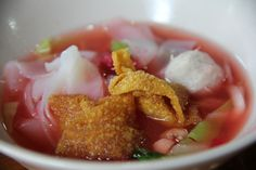 Yen Ta Fo (Noodles in Pink Broth) เย็นตาโฟ by Migration Mark, via Flickr