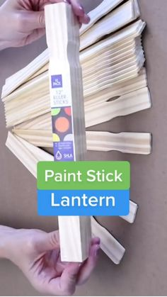 Paint Stick Crafts, Diy Crafts To Do, Diy Crafts Hacks, Diy Arts And Crafts, Diy Wood Projects, Diy Projects To Try, Wood Crafts, Painted Sticks, Tips & Tricks