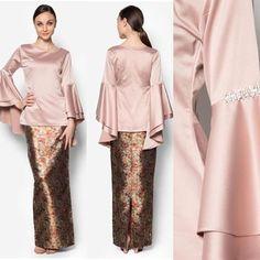 Kebaya Modern Dress, Kebaya Dress, Muslim Fashion, Hijab Fashion, Fashion Outfits, Womens Fashion, African Wear, African Fashion, Batik Fashion