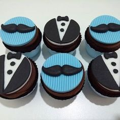 Bachelor Cake Designs Images for the Groom To Be. Buy Latest Best Bachelor Party Cake Ideas of Groom's Cake for Boys Men or Males. Baby Cake Pops, Baby Cupcake, Baby Boy 1st Birthday Party, Dad Birthday Cakes, Bachelor Party Cakes, Cake Delivery, Boss Baby, Cake Decorating Tips, Cakes For Boys