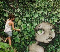 French Street Artist Vinie Graffiti Paints Women With Stylized Hair Graffiti Face, Graffiti Murals, Wall Murals, Graffiti Artists, Illustration Manga, Illustrations, Art Du Monde, Pin Up, Grafiti