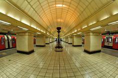 Whilst the morning commute can be stressful there is some stunning architecture to enjoy on the London Underground, here are the 13 most beautiful tube stations. Metro Subway, Hill Station, Metro Station, London Underground, Most Beautiful, Tube, Art Deco, Stairs