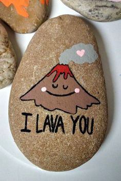 Looking for some easy painted rock ideas to get inspired by? See more ideas about Rock crafts, Painted rocks and Stone crafts. Pebble Painting, Pebble Art, Stone Painting, Diy Painting, Rock Painting Ideas Easy, Rock Painting Designs, Paint Designs, Rock Crafts, Cute Crafts