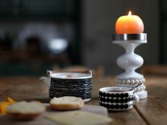 kaunis yhdistelmä! Marimekko, Candle Holders, Candles, Home, Ad Home, Porta Velas, Candy, Homes, Candle Sticks