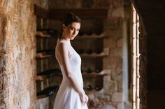 Shot at Pyrgos Petreza in Greece, this chic botanical wedding styling is set amongst Mediterranean greenery and olive groves. Wedding Flower Decorations, Wedding Flowers, Botanical Wedding, Wedding Shoot, Wedding Styles, Greece, White Dress, Community, Chic