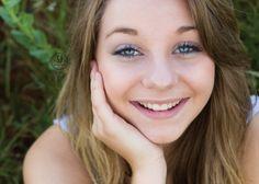 Senior girl, kansas, kansas senior, blue eyes, headshot