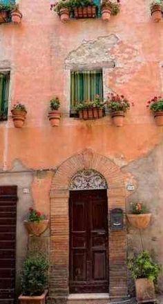 Perugia, old Italian houses