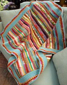 Free pattern on Ravelry. What a fantastic stash buster! Like the aqua border. Crochet Afghans, Crochet Quilt, Love Crochet, Crochet Yarn, Crochet Stitches, Crochet Hooks, Ravelry Crochet, Afghan Patterns, Crochet Patterns