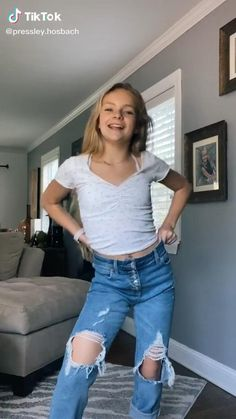 Dance Moms Videos, Dance Choreography Videos, Cute Little Girls Outfits, Girl Outfits, Cute Girls, Funny Short Videos, Funny Videos For Kids, Mashup Music, Young Girl Fashion