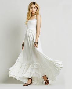 Maxi Backless Hippie Style Dress - White Check us out on www.boohoden.space