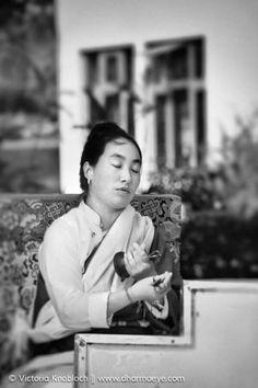 buddhist single women in la feria See more of feria tinamastes on facebook log in  empezó la feria con almasigos y bombas de semillas bienvenidos  via 1 million women.