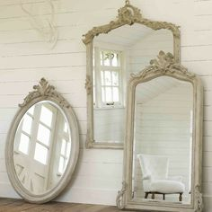 Beautiful, light and airy, these classic carved wood mirrors with artfully distressed matt white finish will add some gustavian glamour to your dcor. Old Mirrors, Vintage Mirrors, Mirror Mirror, Burgundy Walls, Rose Wall, Beautiful Mirrors, Through The Looking Glass, Mirror With Lights, Home Accents