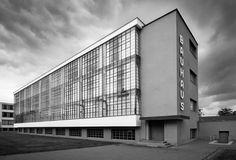 The news that Harvard University has put over 32,000 digitised Bauhaus School works online set the creative world buzzing recently.