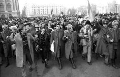 """ICR Berlin prezinta expozitia stradala de fotografie """"1989 – Revoluţia Română: Drumul spre libertate"""""""