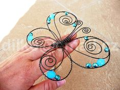 68 Best drátky images in 2020 Wire Hanger Crafts, Wire Hangers, Wire Crafts, Metal Crafts, Jewelry Crafts, Butterfly Crafts, Butterfly Art, Flower Crafts, Wire Wrapped Jewelry