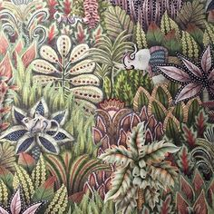 Love the detail on this #Cole&Son #wallpaper #colour #stunning #mondaymagic #design #interiordesign #interiorstyling don't be afraid of colour and #pattern