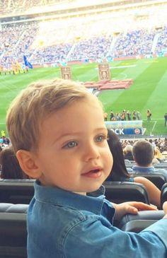 Martín Casillas es el fan nº 1 de Iker                              …