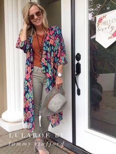 LulaRoe Gigi and LulaRoe Shirley. I LOVE this outfit!