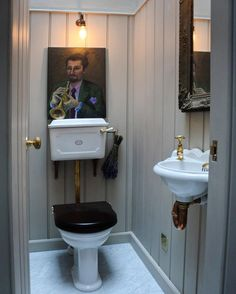 John's showroom. Classic style with brass details and a beautiful Carrara marble floor from our sister company - Victorian Toilet, Victorian Bathroom, Vintage Bathrooms, Large Bathrooms, Victorian House, Downstairs Cloakroom, Downstairs Toilet, Traditional Toilets, Traditional Bathroom