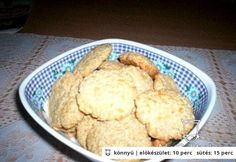 Sajtos - zabpelyhes tallér Mashed Potatoes, Muffin, Cookies, Breakfast, Ethnic Recipes, Desserts, Food, Drink, Whipped Potatoes