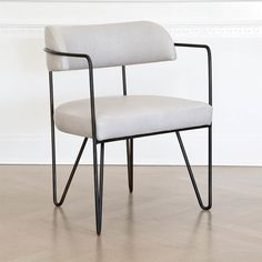 Martel Chair