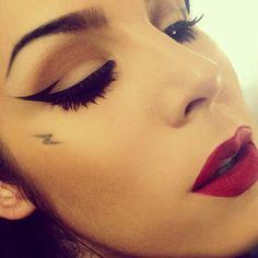 Aztec eyeliner