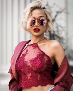 Red lace + mirror shades ❤️