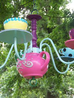 Kims Kandy Kreations: Alice in Wonderland Tea Pot Chandelier
