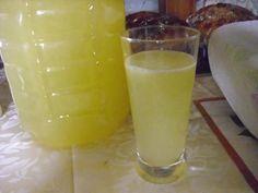 Domácí lift (pro Raky) recept - Labužník.cz Beverages, Drinks, Destiel, Glass Of Milk, Food And Drink, Pudding, Smoothie, Recipes, Syrup