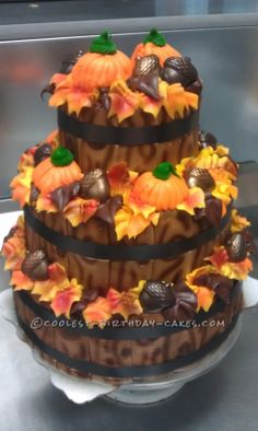 Fall Time Display Cake... This website is the Pinterest of birthday cake ideas