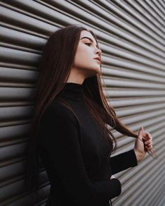 Outdoor Pose for Girls on Street with Outfits ❣️ Portrait Photography Poses, Photography Poses Women, Tumblr Photography, Portraits, Portrait Ideas, Photography Ideas, Best Photo Poses, Girl Photo Poses, Shotting Photo