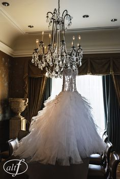 This P'Nina Tornai gown was the showpiece of the wedding. Megan Bridges. September 2014. Photo byAlt F Photography.