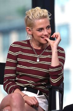 Kristen Stewart praises director Ang Lee while promoting Billy Lynn's Long Halftime Journey | Daily Mail Online