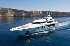 The 55 metre Benetti motor yacht Ocean Paradise will be making her international debut at the 2013 Monaco Yacht Show. Benetti Yachts, Big Yachts, Luxury Yachts, Monte Carlo, Sport Yacht, Monaco Yacht Show, Yacht Interior, Paradise Found, New Engine