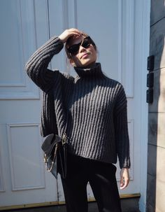 Grey Knitwear and Pleated Trousers - HANNA'S JOURNAL | Lily.fi