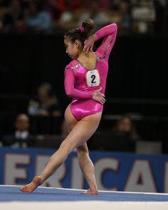 Nackt gymnastic