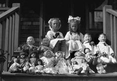 Lots of Dolls by jbpics, via Flickr