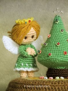 Miniature Christmas tree and angel free crochet pattern. c: