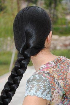 Women Long Braided Hairstyles In 2020 Beautiful Long Braids In 2020 Long Braided Hairstyles, Box Braids Hairstyles, Black Women Hairstyles, Beautiful Hairstyles, Hairstyle Ideas, Indian Hair Cuts, Indian Long Hair Braid, Medium Hair Styles, Long Hair Styles