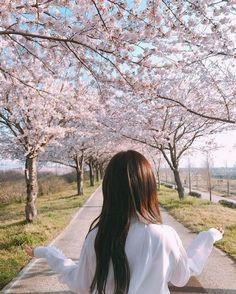 girl, ulzzang, and chaeyeon image Ulzzang Korean Girl, Cute Korean Girl, Ulzzang Couple, Asian Girl, Ulzzang Style, Girl Photo Poses, Girl Photography Poses, Girl Photos, Korean Aesthetic