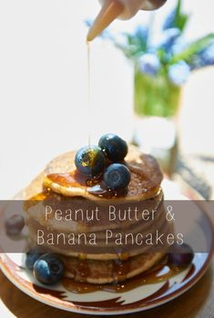 Peanut Butter and Banana Pancakes | @danielleomar Food Confidence