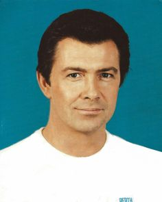 Lewis Collins - Find A Grave Memorial The Professionals Tv Series, I Do Love You, Academy Of Music, Dramatic Arts, Tony Curtis, Tough Guy, Grave Memorials, British Actors
