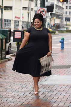 Plus Size Fashion - The Real Sample Size