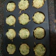 Muffins de espinaca y parmesano Receta de Norali - Cookpad Griddle Pan, Mashed Potatoes, Eggs, Breakfast, Ethnic Recipes, Spinach Muffins, Cake Recipes, Recipes With Vegetables, Garlic