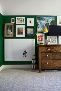 Laura's Living Room: Ikea Billy Bookshelves Hack - The Makerista Green Boys Room, Green Rooms, Green Walls, White Poster Board, Yellow Couch, Bedroom Decor, Wall Decor, Teen Bedroom, Bedroom Ideas