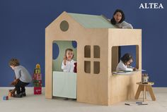 Casita de juego modelo ALTEA / ALTEA indoor playhouse,,, a house in the middle of the.....