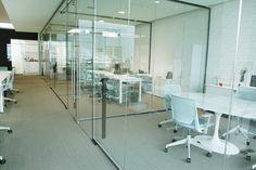 Diseño de Oficinas por Taller M. Arquitectura. Diseño. Arquitectura Moderna.