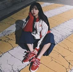 CUTE GIRLS Grunge Style, Soft Grunge, Ulzzang Fashion, Korean Fashion, Korean Photo, Ulzzang Korean Girl, Ulzzang Style, Instagram Pose, Pretty Asian